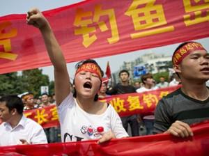 TOPSHOTS-CHINA-JAPAN-DIPLOMACY-DISPUTE