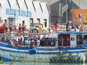 aus-asylum-boat-300x225